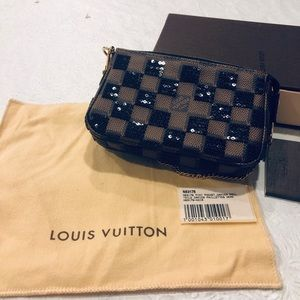 Louis Vuitton Mini Pochet Damier- Limited Edition
